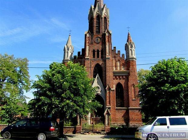 Kościół do kupienia w Izbicy Kujawskiej