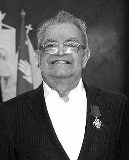 Fazil Abdułowicz Iskander (6.03.1929 - 31.07.2016)