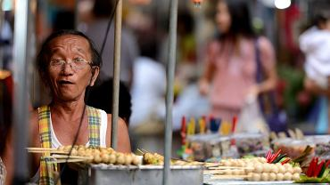Są takie miejsca na świecie, gdzie uliczne jedzenie jest nie mniej słynne niż zabytki