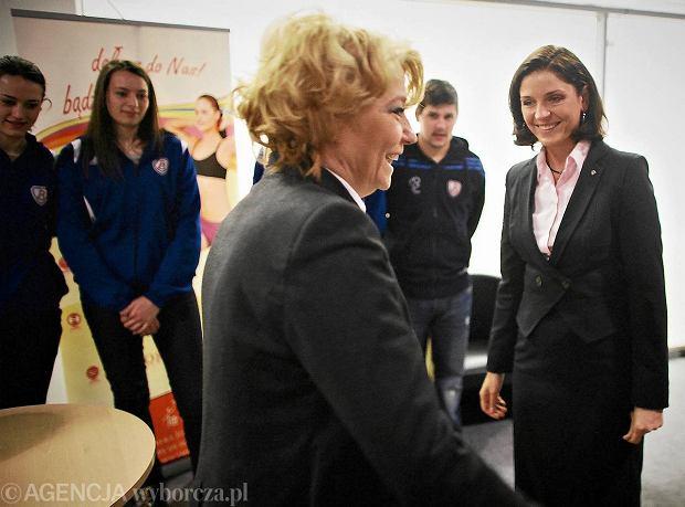 Joanna Mucha, minister sportu, spotka�a si� z siatkarkami Budowlanych ��d�
