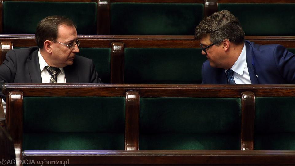 Mariusz Kamiński, minister koordynator służb specjalnych i jego zastępca Maciej Wąsik