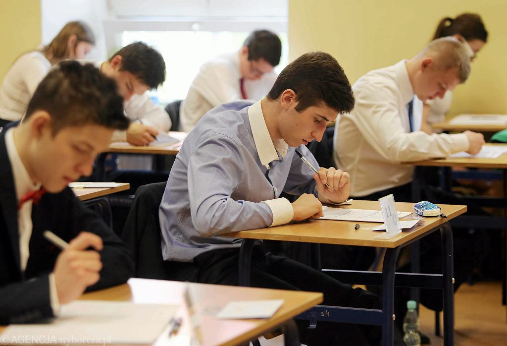 Matury 2018 - od 8 lat każdy z maturzystów musi zmierzyć się z egzaminem z matematyki.