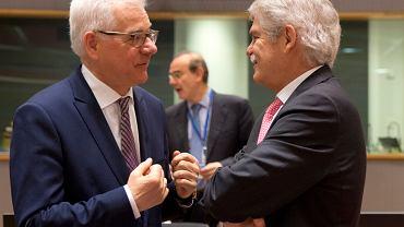 28.05.2018, Bruksela, polski minister spraw zagranicznych Jacek Czaputowicz (z lewej) i jego hiszpański odpowiednik Alfonso Dastis Quecedo podczas spotkania ministrów spraw zagranicznych UE na temat zerwanych rozmów USA - Iran.