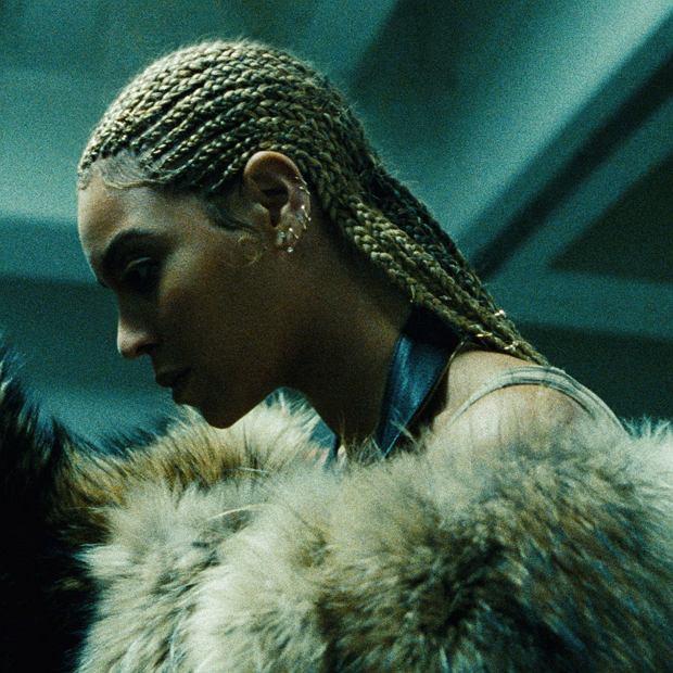 Obyło się bez niespodzianek. Beyoncé i Adele miażdżą konkurencję.
