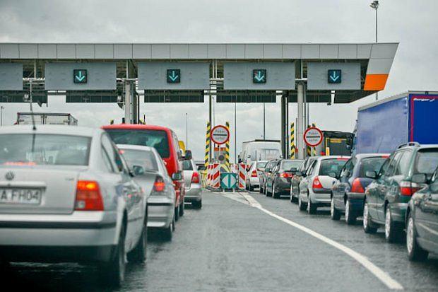 Korki na autostradzie A4 przed placem poboru opłat w Gliwicach