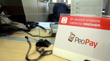 W Urzędzie Gminy Wołomin można płacić kartami oraz aplikacją Blik i PeoPay