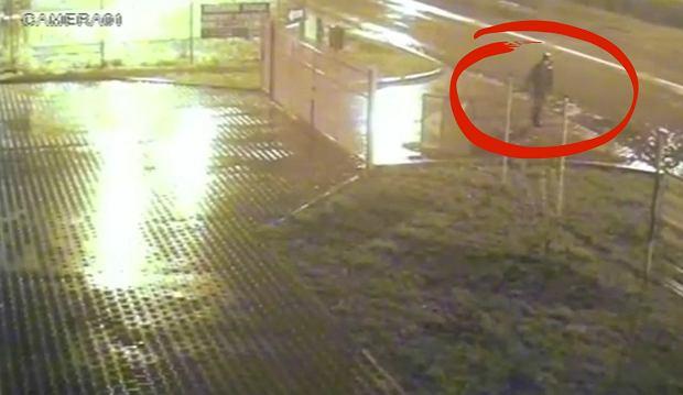 Zaginął 20-letni Armin z Mysłowic. Pożegnał się z kolegami i ruszył samotnie w strugach deszczu