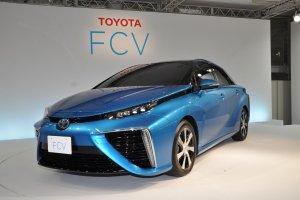 Toyota FCV | Ogniwa paliwowe trafiaj� do produkcji