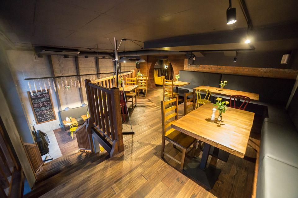 Nowa Restauracja Na Ursynowie Sfinks Otworzyl Fabryke Pizzy