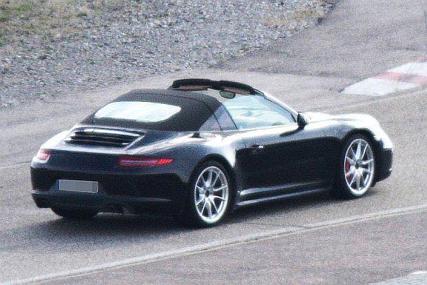 Porsche 911 Targa. Powr�t pa��ka