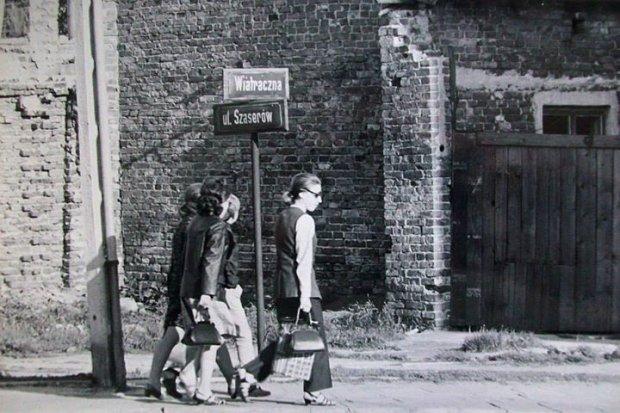 Ul. Wiatraczna róg Szaserów 1970 r