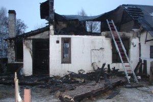Matka i dwoje dzieci to śmiertelne ofiary pożaru w Aleksandrowie [ZDJĘCIA]