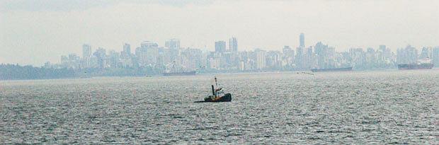 Podróże: na skraju raju czyli Kolumbia Brytyjska, ameryka północna, podróże, Kurs promem pozwala ogarnąć wzrokiem całą metropolię Vancouver.