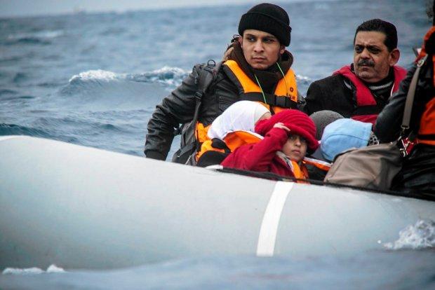 Migranci w okolicy greckiej wyspy Lesbos