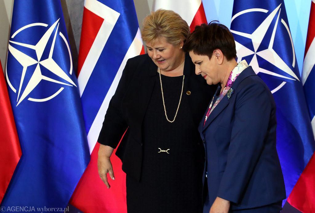 Premier Beata Szydło i premier Norwegii Erna Solberg podczas szczytu NATO w 2016 roku
