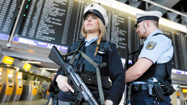 Policja na lotnisku