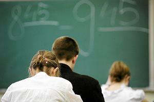 """Likwidacja gimnazj�w. PiS-educhaos czy """"dobra zmiana""""?"""