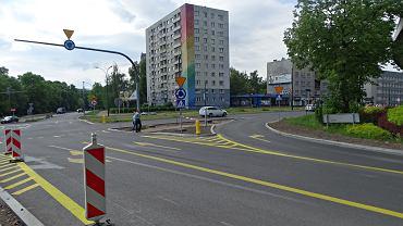 Ruch okrężny wprowadzony na skrzyżowaniu pod 'ślimakiem' na początku kwietnia budzi najwięcej kontrowersji