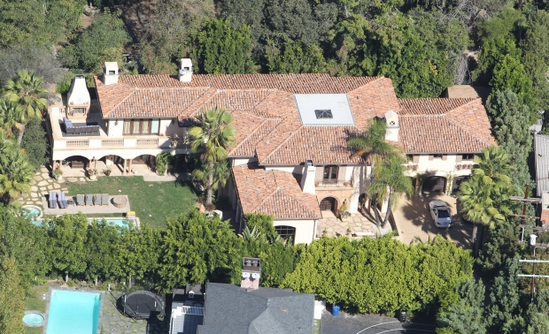Aerial footage of Miley Cyrus's Toluca Lake $6.2 Mansion  October 17, 2012 X17online.com EXCLUSIVE *** Local Caption ***  Miley Cyrus