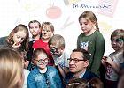 Morawiecki na ulotkach w szkołach jako żywo przypomina Lenina [OLEJNIK]