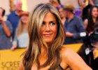 """Gdy pierwszy raz zobaczy�a t� sukienk�, z wra�enia """"pad�a trupem"""". Wy te� to zrobicie po spojrzeniu w dekolt Aniston"""