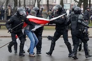 Łukaszenka pacyfikuje Białoruś
