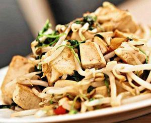 Chrupiace Tofu Z Kielkami Sojowymi Prosty Przepis I Skladniki