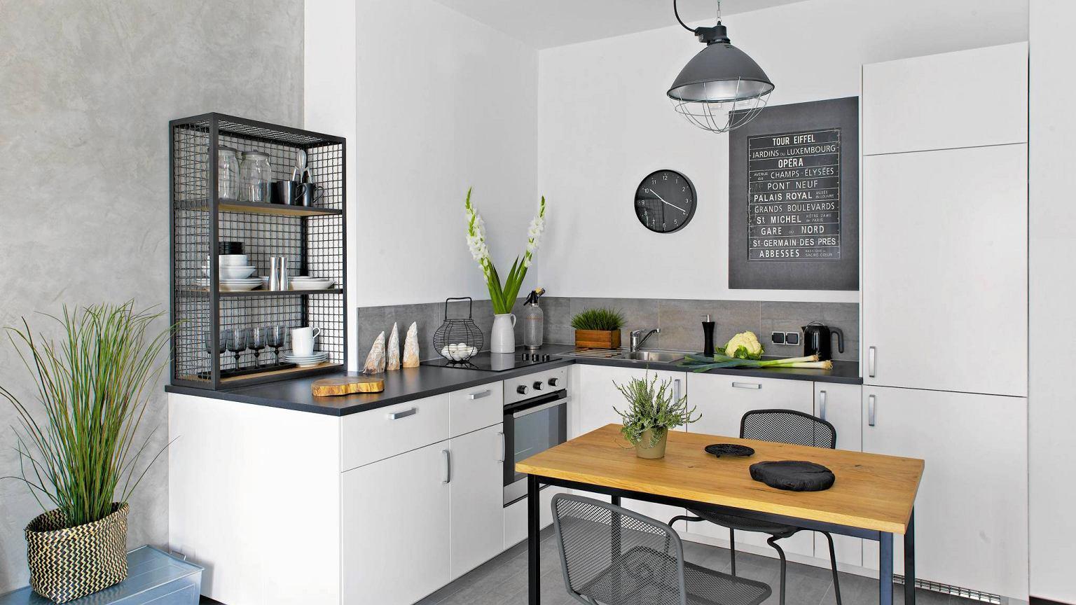 Salon z jadalnią i kuchnią nowoczesny eklektyzm w