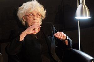 Vera Verdiani z nagrod� za przek�ady dzie� Kapu�ci�skiego