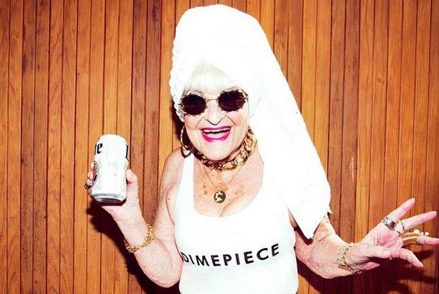My�lisz, �e na Instagramie kr�luj� tylko m�ode i pi�kne dziewczyny? To jeste� w b��dzie. 87-letnia Baddie Winkle ma milion fan�w, a stylu mo�na jej tylko pozazdro�ci� [ZDJ�CIA]