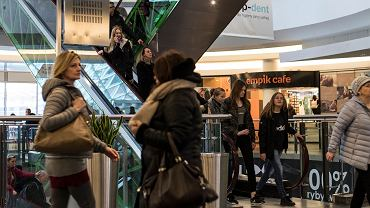 Niedziele handlowe 2018. Godziny otwarcia sklepów Lidl, Tesco, Biedronka, Auchan