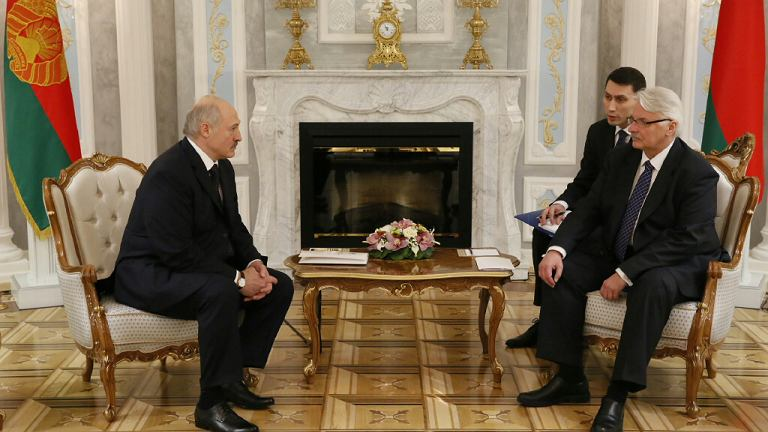 Czy Waszczykowski rozmawiał o wymianie szpiegów w trakcie niedawnej wizyty na Białorusi?