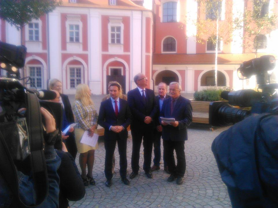Konferencja liderów Lewicy w Poznaniu (m.in. Tomasza Lewandowskiego) z udziałem Włodzimierza Czarzastego.