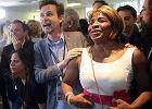 Członkowie partii La Republique en Marche świętują zwycięstwo