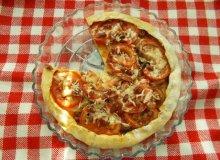 Aromatyczna pizza z kabanosami - ugotuj