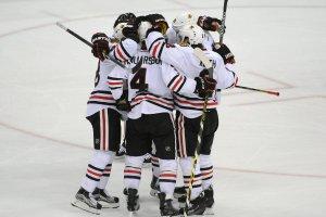 NHL. Blackhawks w finale konferencji i z szans� na sz�ste trofeum