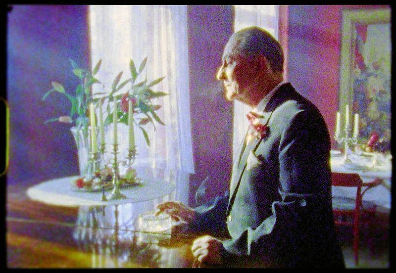 Kadr z filmu 'Książę i dybuk' Elwiry Niewiery i Piotra Rosołowskiego. /