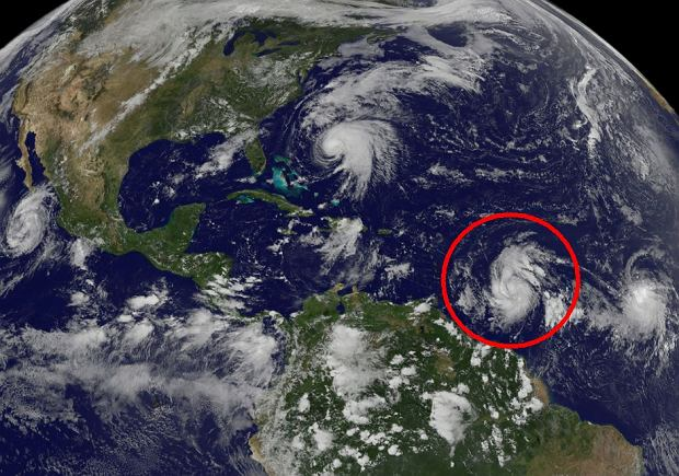 Bura tropikalna Maria wieje już z prędkością huraganu