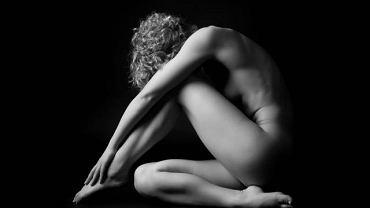 Rak pochwy dużo częściej rozwija się u kobiet, które w przeszłości chorowały na raka jajnika bądź szyjki macicy