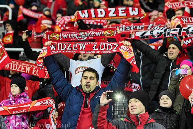Zdjęcie numer 0 w galerii - Stadion Widzewa otwarty. To było wielkie święto polskiej piłki [PIĘKNE ZDJĘCIA]