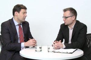 """Temat dnia """"Gazety Wyborczej"""":  Debata o Polsce w Parlamencie Europejskim. Czy rz�d PiS zmieni co� w swoich dzia�aniach?"""