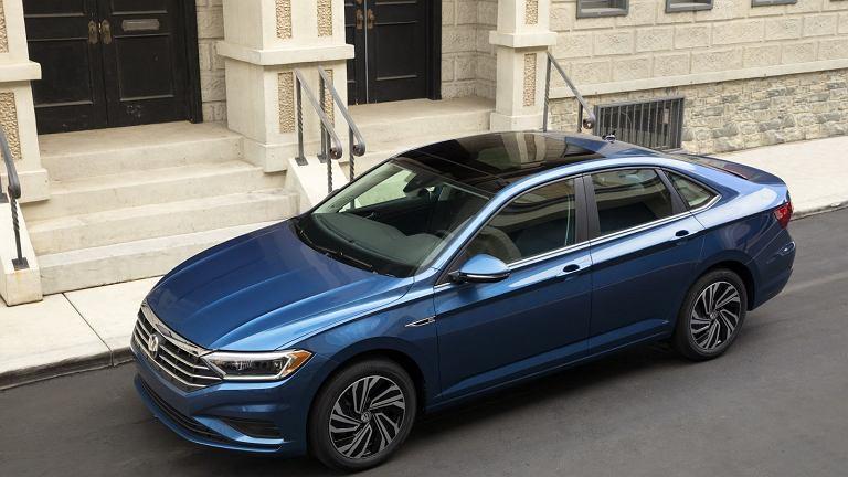 Volkswagen Jetta 2018 Premiera Zdjęcia Silniki Detroit