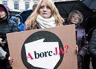 """Trzy lata więzienia za turystykę aborcyjną? Prokuratura korzysta z opinii Ordo Iuris. A ci nie ukrywają: """"Chcemy więcej skazanych"""""""
