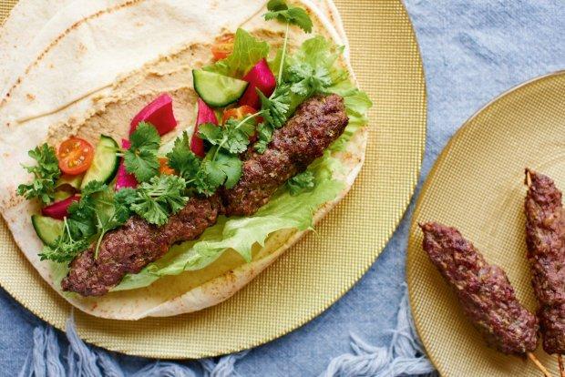 Kuchnia Bliskowschodnia Co Zjesc W Emiratach Arabskich