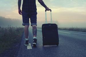 eacb36bba525f Tańsze nie zawsze znaczy lepsze. Te walizki, plecaki i torby podróżne cię  nie zawiodą