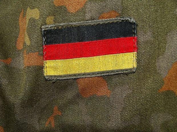Skandal w niemieckiej armii. Kazali rekrutom chodzić nago, w tym czasie kręcili filmy
