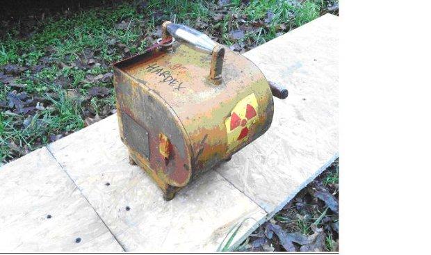 Alarm! Zagin�� pojemnik zawieraj�cy promieniotw�rczy izotop kobaltu