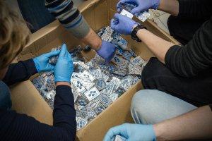 32 tys. sztuk viagry z przemytu w warszawskim centrum handlowym