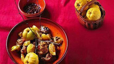 Wołowina i owoce pigwowca po grecku