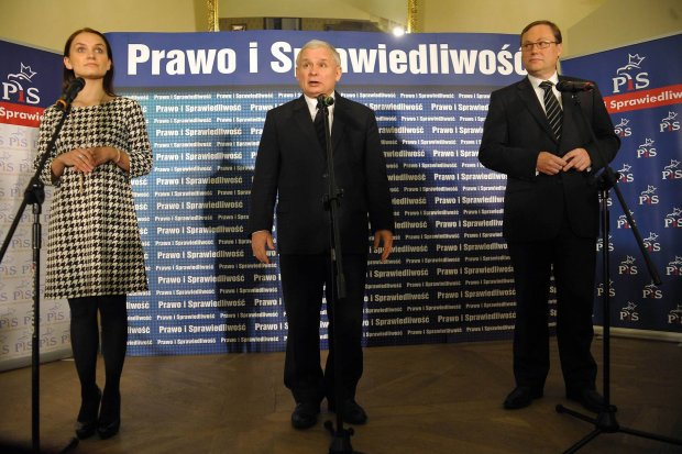 Jarosław Kaczyński i Grzegorz Bierecki 5 października 2011 r. w Białej Podlaskiej. Lider PiS kilka dni przed wyborami<br /> parlamentarnymi osobiście wsparł kampanię twórcy SKOK-ów